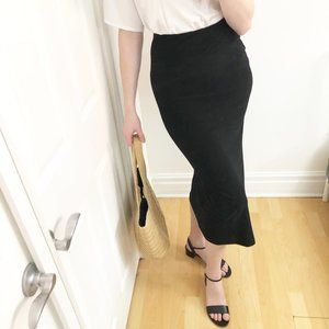 Muriel Dombret High Waisted Stretchy Midi Skirt